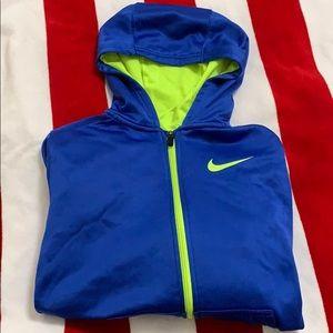 Nike Therma-Fit  Boy's Sweatshirt